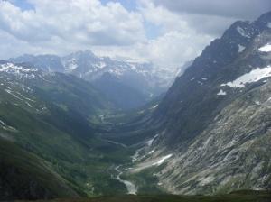 197 D5 view down to Val de Ferret