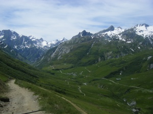 316 D8 view down to La Chapieux